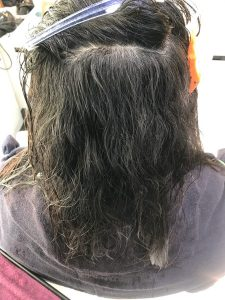 縮毛矯正前の写真